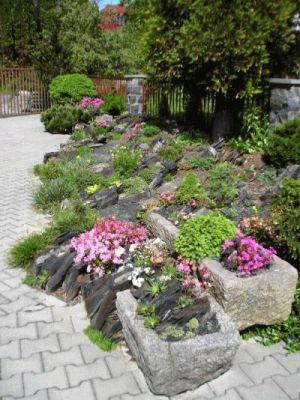 Zahradní koryta